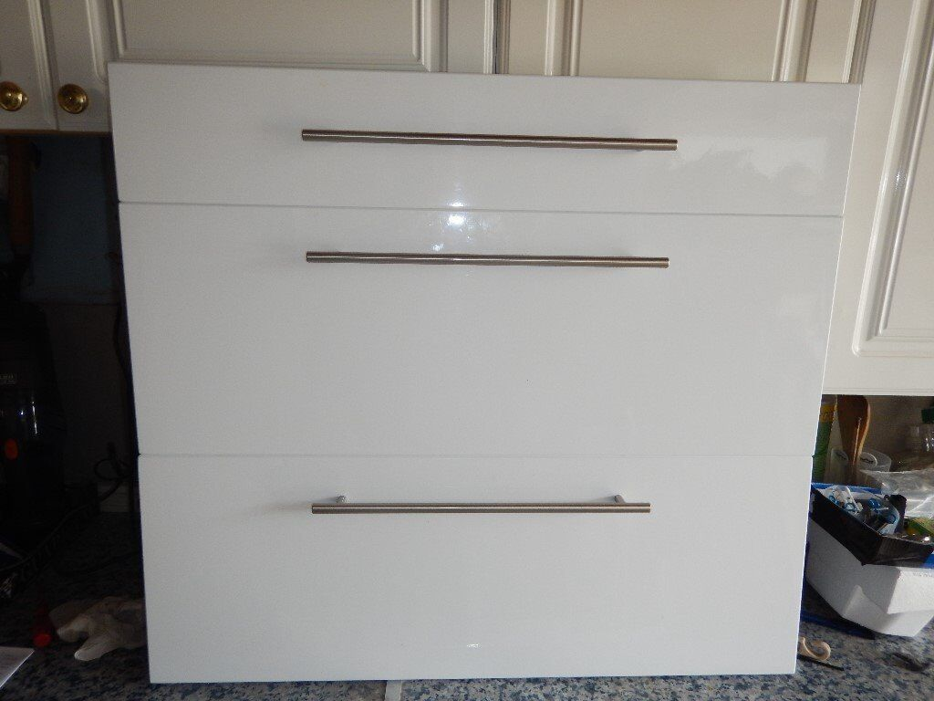 High Gloss Kitchen Cabinet Doors Just 3 Years Old In Superb Condition