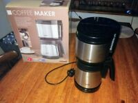 Filter coffee machine with stainless steel thermal jug