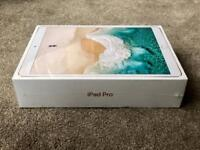 IPAD PRO 10.5'' GOLD 512gb WIFI & CELLULAR 4g UNLOCKED 2017 MODEL, BRAND NEW SEALED BOX rrp £1099