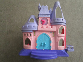 Fisher Price, little people Disney Princess Palace and 12 characters