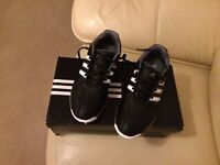 Adidas Jr 360 traxion Golf shoes. Size 6 (39.5) - black/white stripes. REDUCED