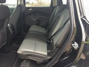 2016 Ford Escape SE - 5 Passenger, Heated Mirrors, 16,555 KMs Edmonton Edmonton Area image 9