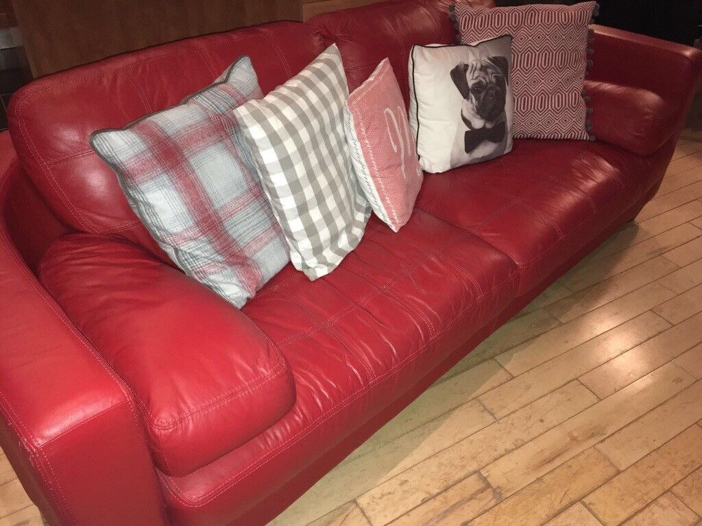 Gorgeous Red 3 seater leather sofa