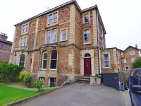 Gorgeous & spacious 2 bed Flat with Good Sized Garden
