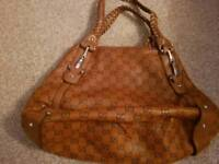 Hand bag gucci