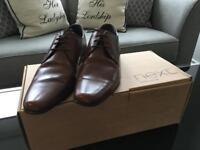 Men's Brown Shoes Size 6