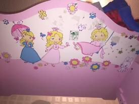 Toddler princess bed