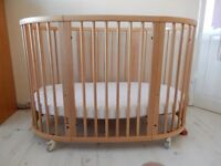 Stokke Sleepi Cot Toddler Bed RRP £700 Immaculate condition