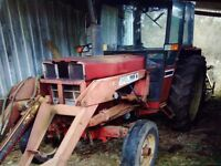 685 international Tractor