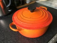 Le Creuset cast iron casserole pan 20cm
