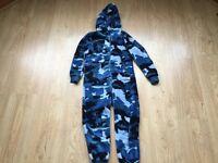 ** Kids Camouflage Fleece Onesie Age 8-9 BHS **