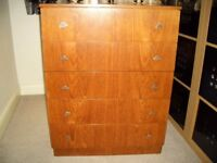 CHEST OF 5 DRAWERS - GOOD CONDITION