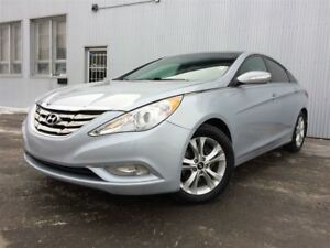 2012 Hyundai Sonata Limited w/Navi,  LEATHER, PAN SUNROOF.
