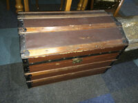 Appealing Rustic Antique Victorian Saratoga Dome Top Steamer Trunk Blanket Chest