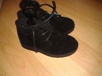 Boys chelsea boots