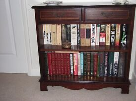 Maghony small bookcase