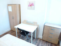 NICE SINGLE ROOM WITH DOUBLE BED TO RENT IN NORTHFIELDS - PICADILLY LINE