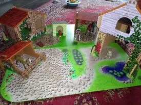 Wooden ELC Farm Set