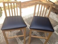 Bar Stool Chair - Excellent Condition