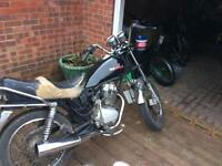 Kymco sector 125cc 6 moths mot