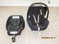 Maxi-Cosi Cabriofix baby seat and Isofix from birth to 18 months.