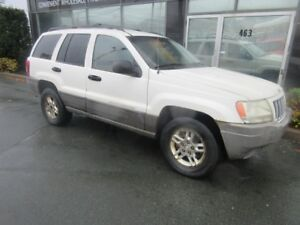 2004 Jeep Grand Cherokee 4X4 LAREDO