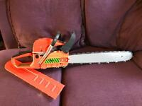 Chain saw hornet ( brand new ) never used comes with tools
