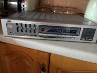 JVC R-K22L STEREO HI FI TUNER AMPLIFIER WITH PHONO STAGE AND AUX IMPUT. 5 BAND GRAPHIC EQUALISER