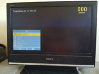 SONY Bravia 18' Lcd tv with remote