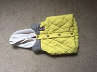Yellow gilet, 6-9 months, £5