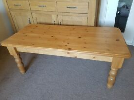 Pine Living Room Coffee Table Very Good Condition