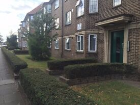 Fully renovated 2 Bedroom Flat to rent in Hounslow