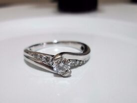 9ct White Gold .30ct Solitaire Diamond Engagement Ring Size J Looks Brand New