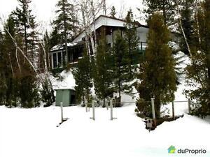 279 000$ - Bungalow à vendre à St-David-de-Falardeau Saguenay Saguenay-Lac-Saint-Jean image 2