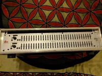 DBX Rack mount Dual band 31 EQ and case