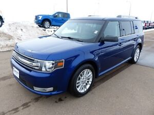2013 Ford Flex SEL, AWD, Pano Roof, SYNC