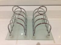 2 x Chrome 4 slice Toast Racks with Frosted Glass Bases