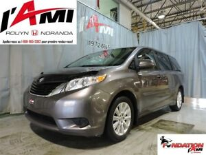 2014 Toyota Sienna LE AWD MAGS 7 PASSAGERS
