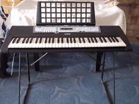 Yamaha PSR-E213 keyboard