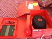 Dr Dre solo HD , new , Drench Red . Rpr 169.99