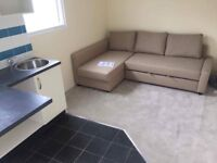 Studio flat to rent for single or couple