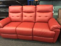 NEW/EX DISPLAY LazyBoy LEATHER JENNINGS RECLINER 3 SEATER SOFA, SUITE, 70% Off RRP