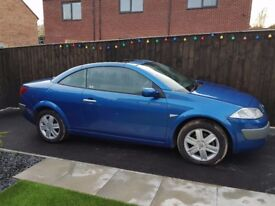 Lovely renault megane cabriolet with low miles