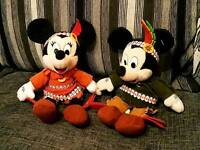 """Rare Disneyland Paris Mickey & Minnie Mouse Native Indian 11"""" Soft Toys Excellent Condition"""