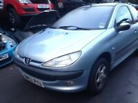 2002 Peugeot 206 1.4 LX 3dr AC EYL moonstone silver BREAKING FOR SPARES