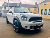 Mini Countryman Cooper S - Pan Roof