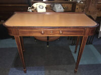 SPLENDID ANTIQUE EDWARDIAN MAHOGANY INLAID LEATHER TOP DESK/SIDE TABLE DRAWER