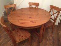 IKEA Extendable Round Kitchen Table and Chairs