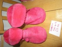 Girls pink Bluzoo slippers size 6-7 (childrens size)