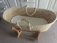 Moses basket stand and bedding